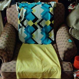 Skirt an matching top top is med